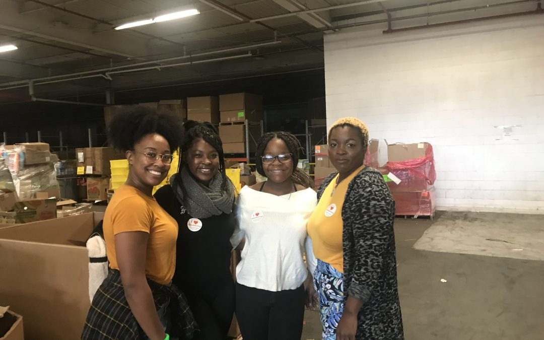 Student/Partner Alliance Holds Annual Day of Volunteering at the Food Bank